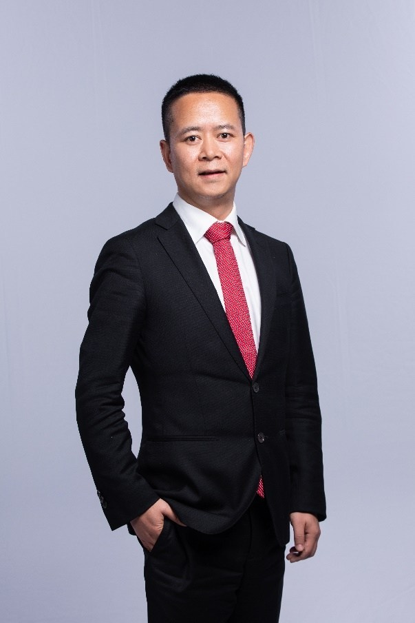 Simon Zhang, Global CEO and China Chairman of Ries Strategy Positioning Consulting