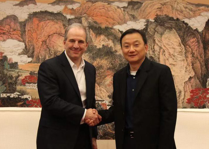 Left to right: Jim Magats, senior vice president of global payments at PayPal, and Larry Wang, vice president at UnionPay International.