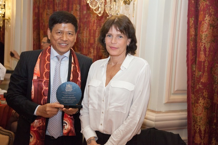 Mr. Su Zhigang, Chairman of Chimelong Group, and Princess Stéphanie of Monaco, President of the Monte-Carlo International Circus Festival in 2016