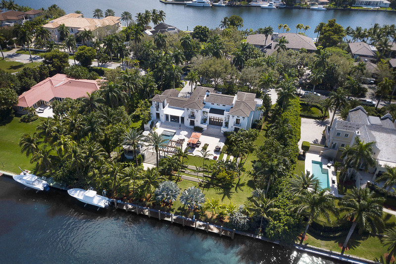The estate offers 180 ft of frontage on a deep-water canal within Gables Estates, an exclusive residential enclave with fewer than 200 properties. The community is home to a number of billionaires, and has seen more than 30 sales in excess of $10 million within recent years, including a sale for more than $43 million in 2017. MiamiLuxuryAuction.com.