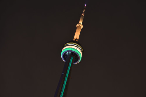 The CN Tower will be lit green and gold on Australia Day, Jan. 26, as part of a global show of support to Australia amid the devastating wildfires. (CNW Group/CN Tower)