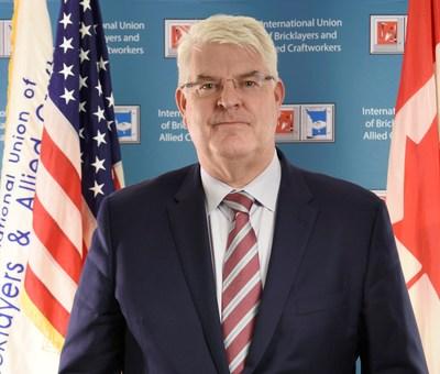 Timothy J. Driscoll, presidente del Sindicato Internacional de Albañiles y Oficios Afines (PRNewsfoto/International Masonry Training )