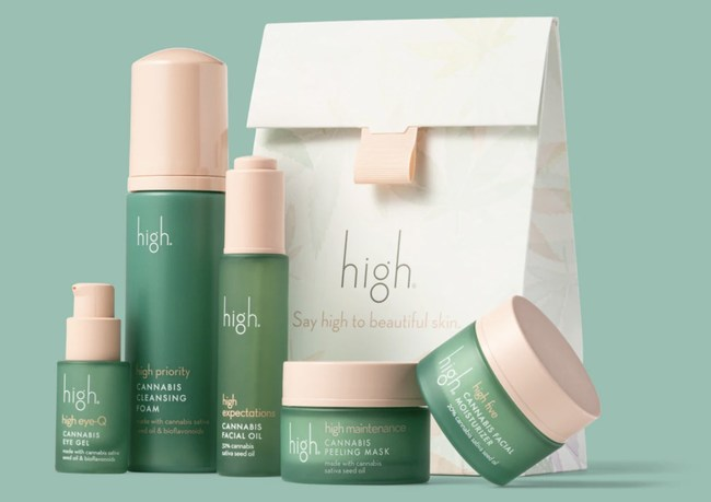 After 30 years of formulating product for the natural and organic beauty industry, Melissa Jochim founded high with a commitment to skincare that is truly beneficial and healthy.