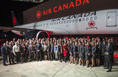Air Canada a été nommée aujourd'hui l'un des meilleurs employeurs de Montréal pour la septième année d'affilée à la suite de l'enquête annuelle menée par Mediacorp Canada. (Groupe CNW/Air Canada)