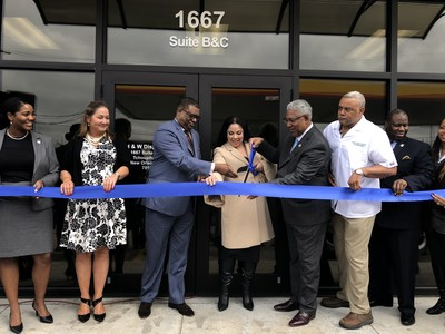 Ilera and Southern ribbon cutting ceremony