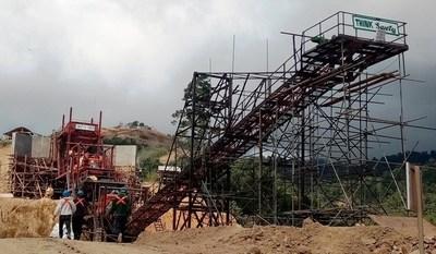 Stockpile conveyor (CNW Group/TVI Pacific Inc.)