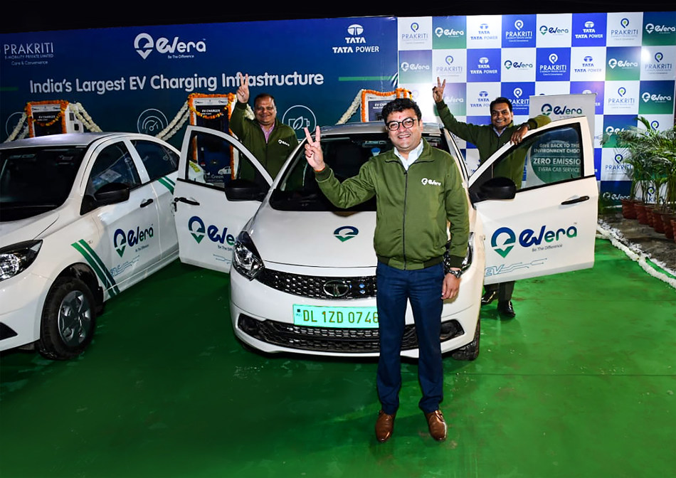 Mr. Nimish Trivedi (front), Mr. Vikas Bansal & Mr. Rajeev Tiwari, co-founders of Evera Cabs launching India's Largest EV Charging Infrastructure in New Delhi