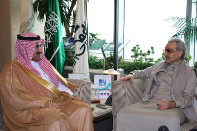 Alwaleed Philanthropies Chairman Prince Alwaleed bin Talal bin Abdulaziz Al Saud (R) with Saudi Ambassador to Yemen and SDRPY Supervisor Mohammed bin Saeed Al Jabir in Riyadh (5 Feb 2020)