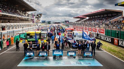 Presentation of the FIA ETRC Road Heroes on the starting grid at Le Mans (PRNewsfoto/FIA ETRC)