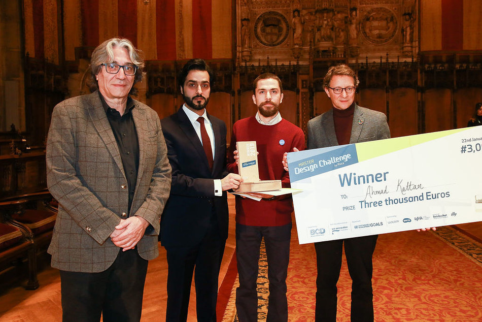 AHMAD AL KATTAN, Winner of Roca Master Design Challenge, receives the prize by Xavier Torras, (Communications Director ROCA), Ahmed Alttakawi, (Deputy Consul of UAE in Spain), and Xavier Marcet (Councilor of Tourism and Creative Industries in Barcelona). (PRNewsfoto/Roca)
