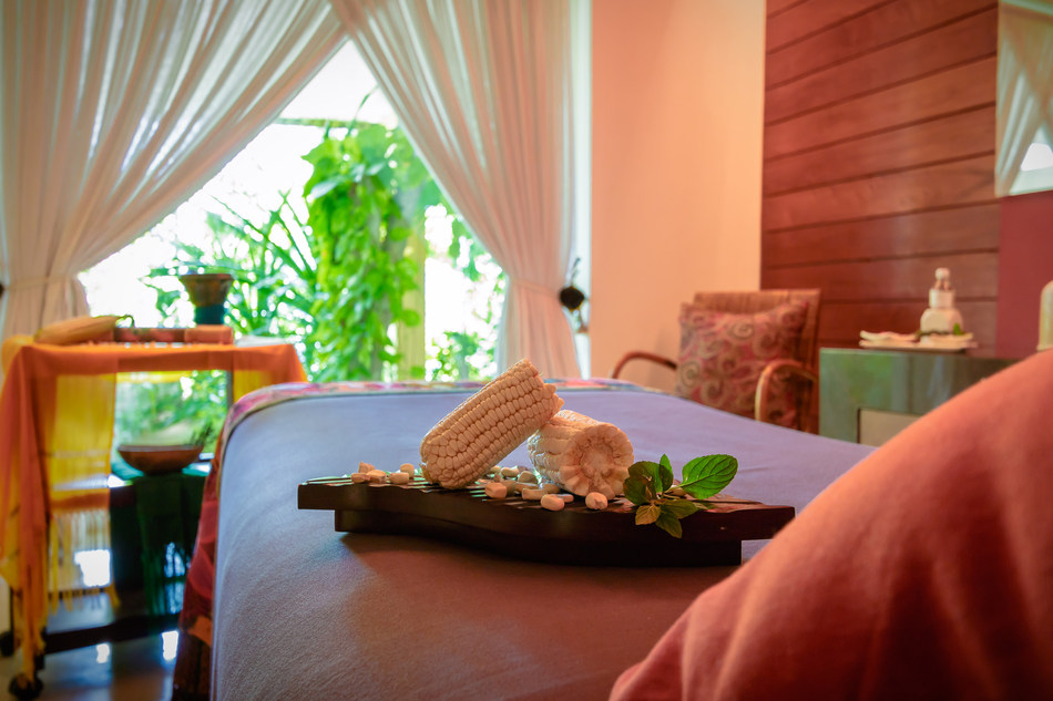 The Bacal Massage uses one of the Mayan's most sacred plants – corn.