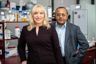 Dr. Jennifer MacDiarmid and Dr. Himanshu BrahmbhattCo-Founders, Joint CEOs & Directors