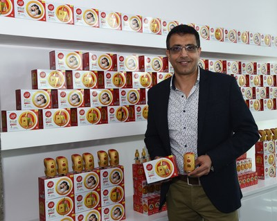 Sunil Kataria, Chief Executive Officer - India & SAARC, Godrej Consumer Products Limited (GCPL), unveiling Goodknight Gold Flash, India's most powerful liquid vapouriser with visible flash vapour action.