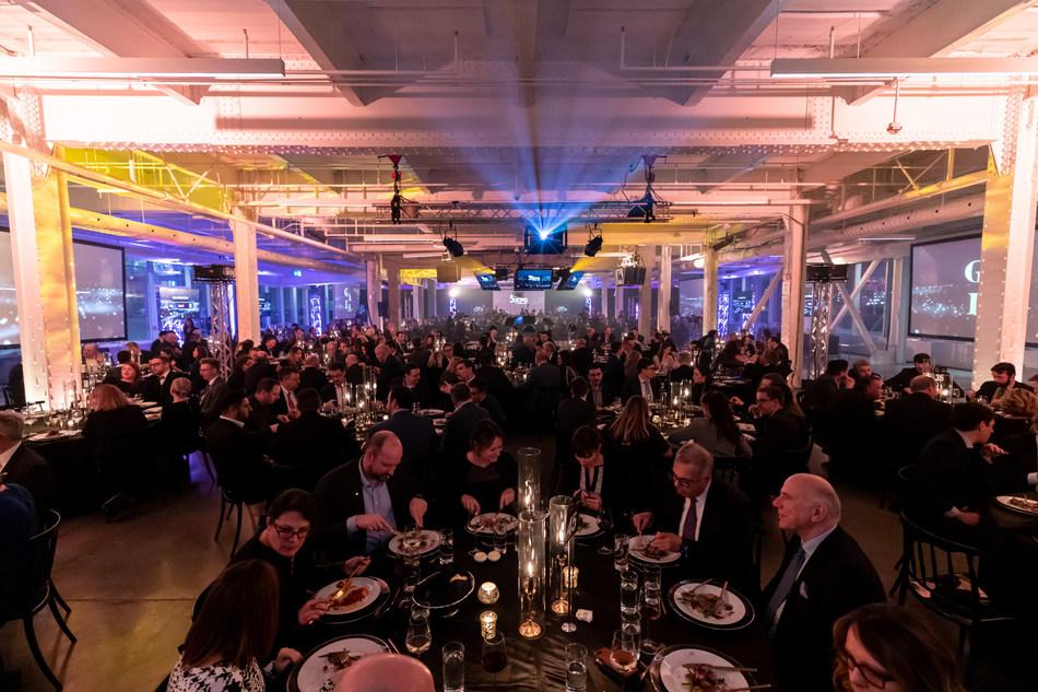 Quelque 400 personnes issues de différents horizons (politique, social, culturel, environnemental et affaires) ont participé à cette soirée de clôture du 50e anniversaire du CPQ. (Groupe CNW/Conseil du patronat du Québec)