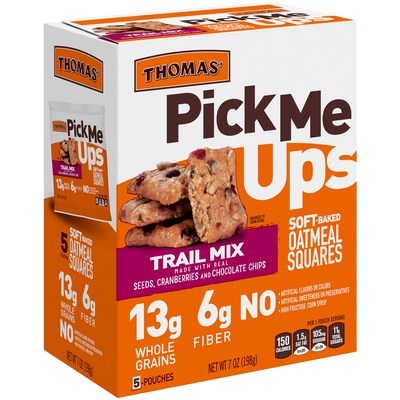 NEW Thomas'® Pick Me Ups™ Soft-Baked Oatmeal Squares