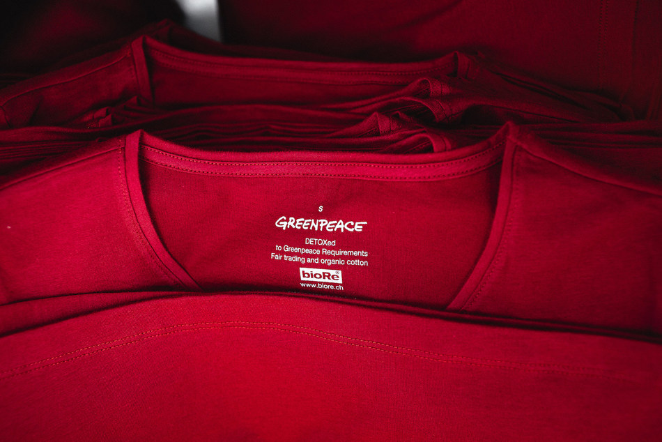 Utenos trikotažas has already finished production of the first batch of Greenpeace's new t-shirt collection and will continue the production later this year.