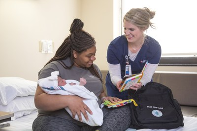 Methodist Le Bonheur Healthcare, Urban Child Institute Introduce Babies to Books through Pilot Program at Methodist South Hospital