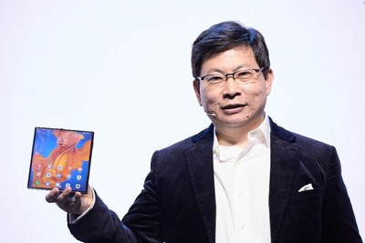 Richard Yu, CEO of Huawei Consumer Business Group introduced HUAWEI Mate Xs (PRNewsfoto/Huawei Consumer BG)