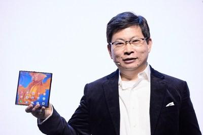 Richard Yu, CEO of Huawei Consumer Business Group introduced HUAWEI Mate Xs (PRNewsfoto/Huawei Consumer BG)