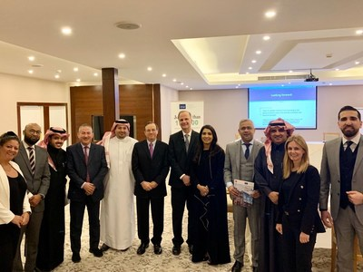 IMA and ACCA team members and CFOs and members at the roundtable in Riyadh