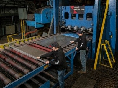 Valast 450 steel on a temper-pass cut-to-length line at Steel Warehouse facilities in South Bend, Indiana.