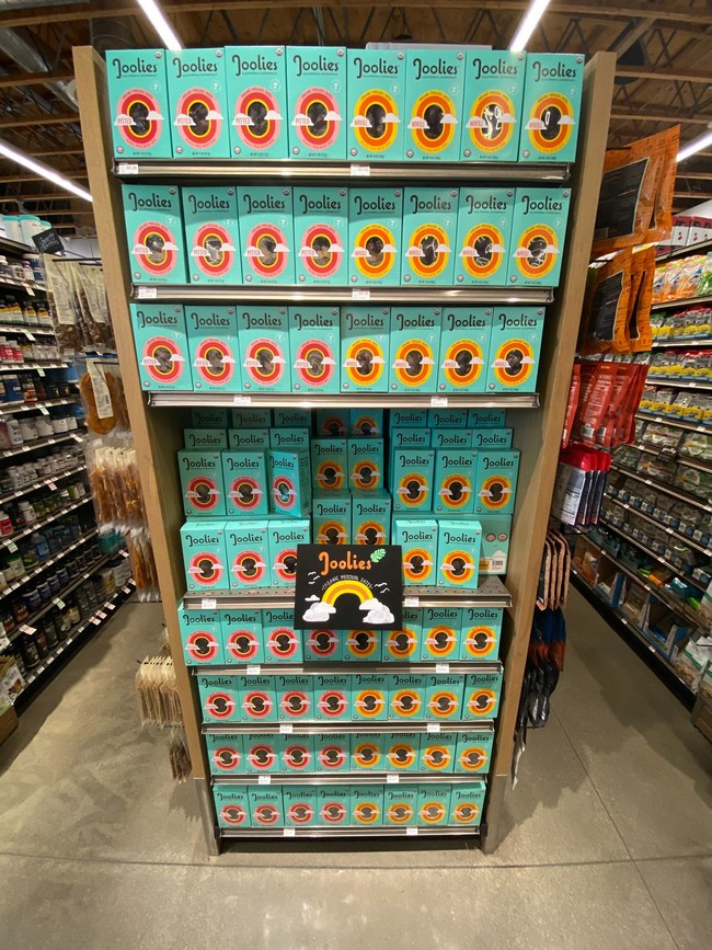 Joolies cart-stopping end cap at Erewhon Market in Beverly Hills location