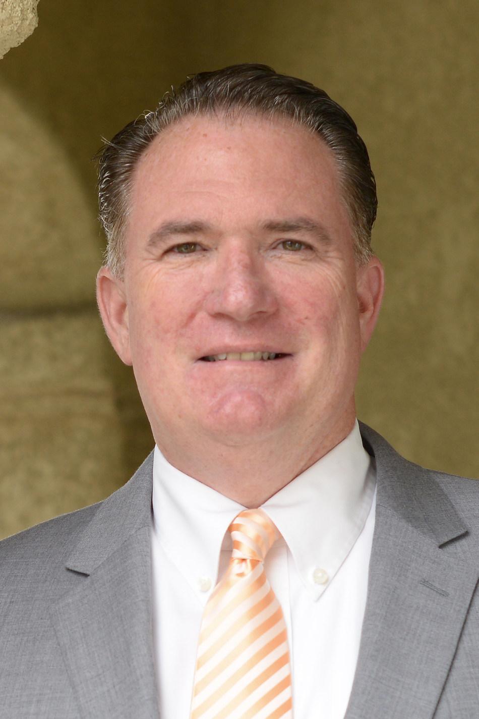 Jim Smith (CNW Group/ecoATM Gazelle)