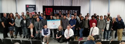 Hundreds of high school seniors attended Lincoln Tech's Letter of Intent Signing Day ceremonies at the school's campuses across the country. The students were honored as they pledged their commitment to attend Lincoln Tech upon graduating from high school in the spring.