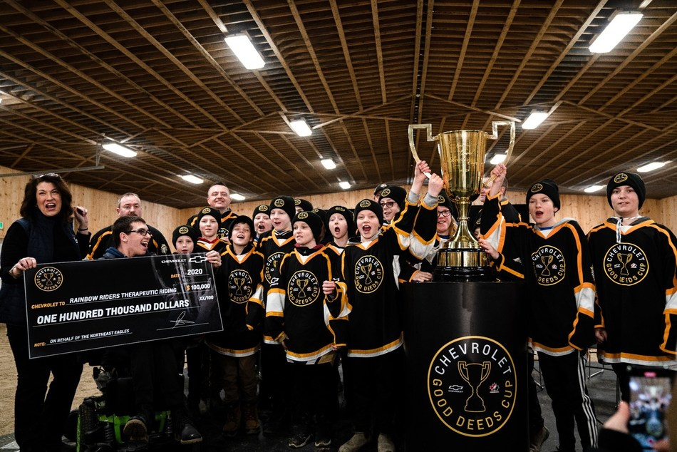 The Northeast Eagles from Torbay Newfoundland win the 2019/20 Chevrolet Good Deeds Cup and $100,000 for The Rainbow Riders Therapeutic Riding Centre. (CNW Group/Chevrolet Canada)