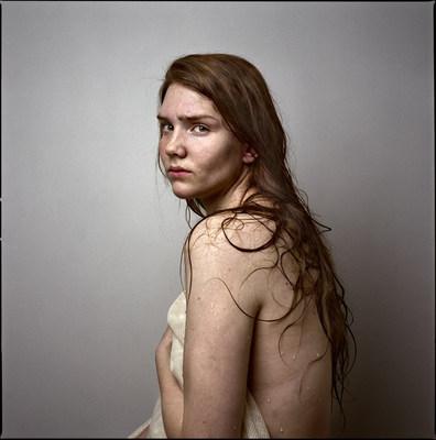 Olivia Johnston, Susanna (Katelin), 2013, pigment ink print on cotton rag paper, 41 x 51 cm (CNW Group/Scotiabank)