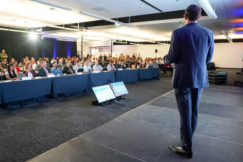 Plug and Play provides startups many opportunities to pitch in front of large audiences filled with corporations, venture capitalists, and industry leaders.