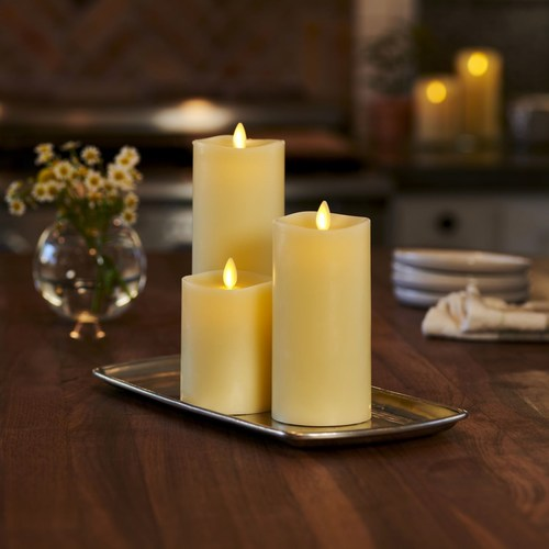 L&L Candle produces hand-crafted flameless candles using premium paraffin wax and Moving Flame® technology.