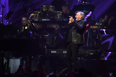 Neil Diamond performs onstage at the 24th annual Keep Memory Alive 'Power of Love Gala' benefit for the Cleveland Clinic Lou Ruvo Center for Brain Health at MGM Grand Garden Arena on March 07, 2020 in Las Vegas, Nevada. (Photo by Bryan Steffy/Getty Images for Keep Memory Alive)