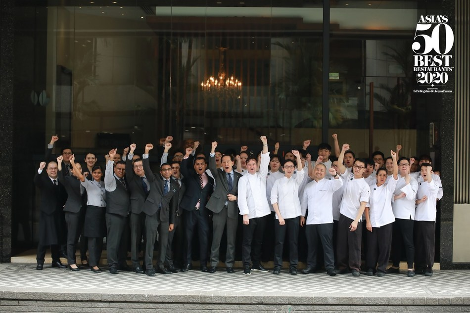 Les Amis in Singapore is the 2020 winner of the Gin Mare Art of Hospitality Award. Determined by Asia's 50 Best Restaurants voting Academy, the Gin Mare Art of Hospitality Award recognises a restaurant that demonstrates outstanding service and exceptional hospitality. (PRNewsfoto/Asia's 50 Best Restaurants 2020)
