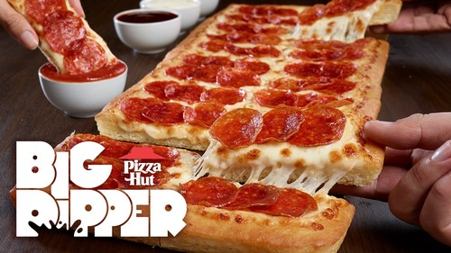 An original, BIG Pizza Hut masterpiece is returning to menus nationwide. Now for a limited time, the Big Dipper™ Pizza is back, kicking off a series of fan-favorite comebacks from the Hut throughout 2020.