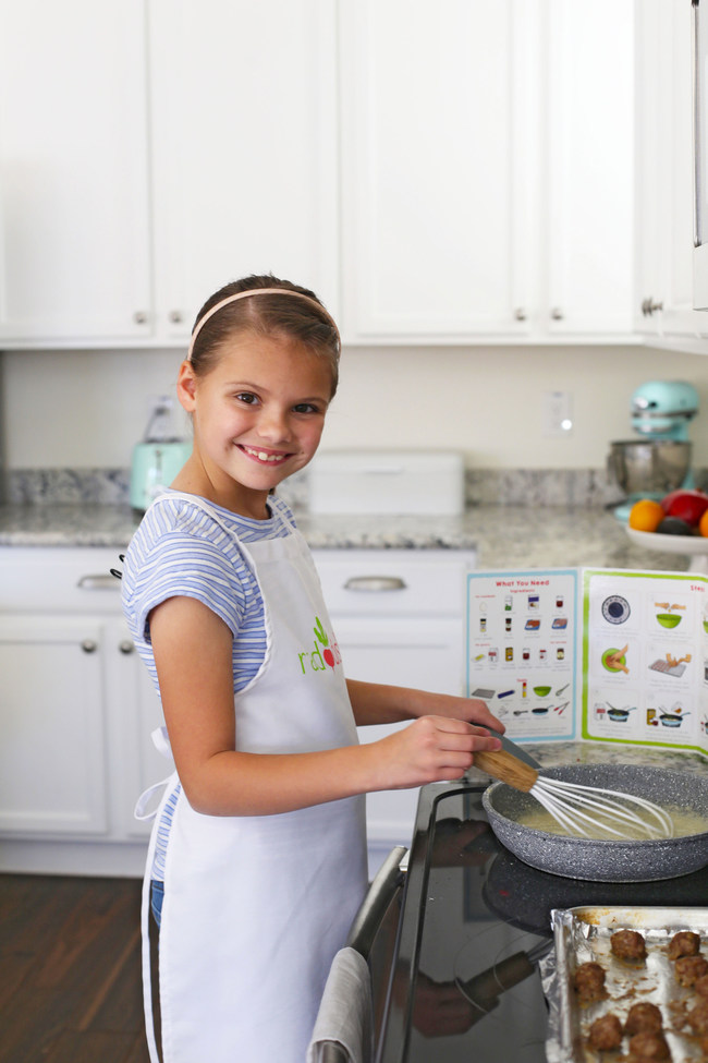 Each thematic Raddish kit is designed by educators and chefs to nurture kids' confidence in the kitchen, expand their palates, and make learning delicious.
