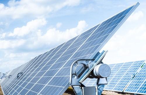 NX Horizon smart solar tracker by NEXTracker.