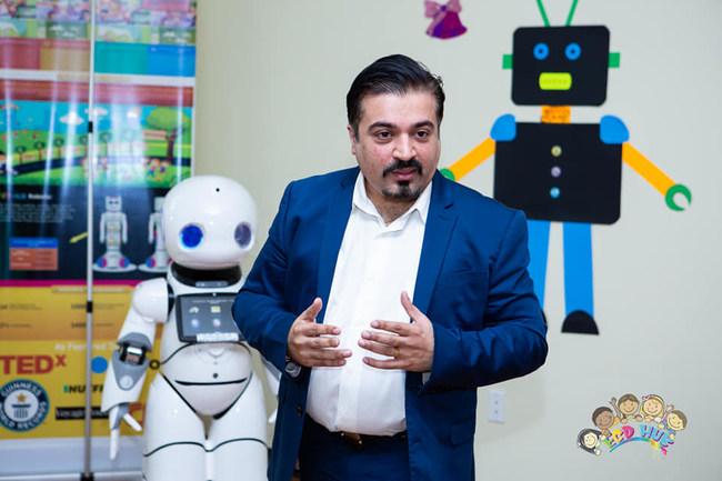 Captain Robot and Farid Premani (Founder ECDHUB)