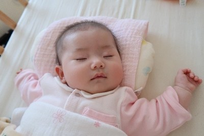 Sleeping baby © Etsuko Tomisaki, Keio University