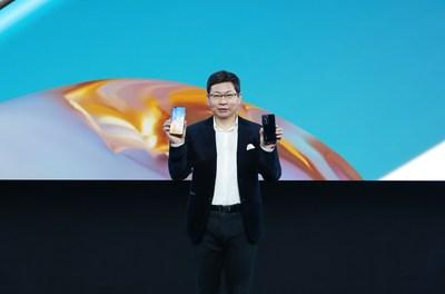 Richard Yu, CEO do Huawei Consumer Business Group apresentou a série HUAWEI P40 (PRNewsfoto/Huawei Consumer Business Group)