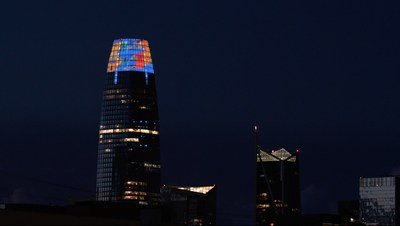 Jim Campbell's new prayer flag images play nightly atop Salesforce Tower in San Francisco, projecting a message of hope and healing in response to the COVID-19 pandemic, © Hosfelt Gallery