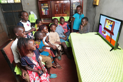 Solar-powered TV is helping children from an off-grid households across Kenya to continue education while schools are closed. (PRNewsfoto/Azuri Technologies)