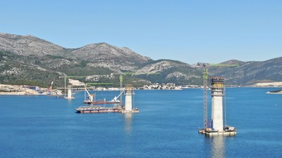 "Zoomlion's Tower Crane and Hoisting Machinery Joins Croatia's ""Reunification Bridge"" Project Over the Adriatic Sea"