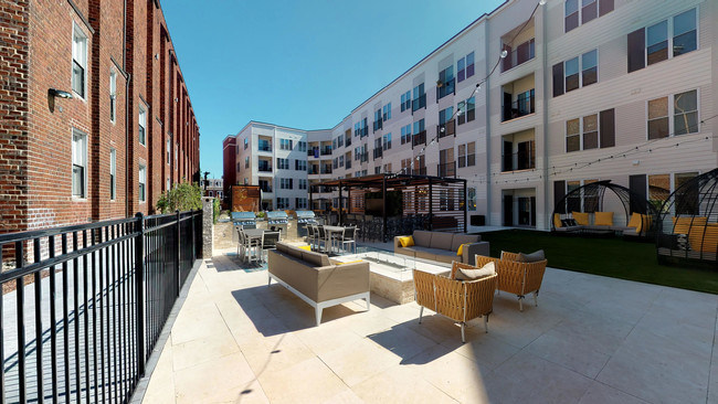 Steelyard is located in the Soulard neighborhood of St. Louis, a thriving arts district and home to the headquarters of Anheuser-Busch.