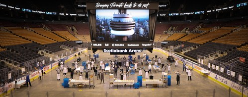 Scotiabank and Tangerine Bank team up with MLSE, Rogers and Bell to prepare and deliver up to 10,000 meals per day for frontline healthcare workers, their families and community agencies (CNW Group/Tangerine)