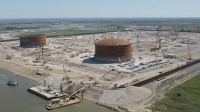 Venture Global卡尔克苏通道宣布首个LNG储罐成功升顶