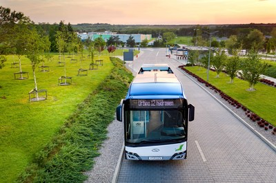 Solaris 'Urbino 12 hydrogen' Fuel Cell Electric Bus (CNW Group/Ballard Power Systems Inc.)