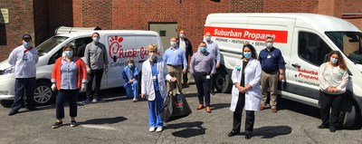 Members of Suburban Propane and Chick-fil-A Cicero deliver 1,250 meals, enough to feed every healthcare professional in a 24-hour shift, at Crouse Health in Syracuse, NY to thank them for their efforts to fight COVID-19.