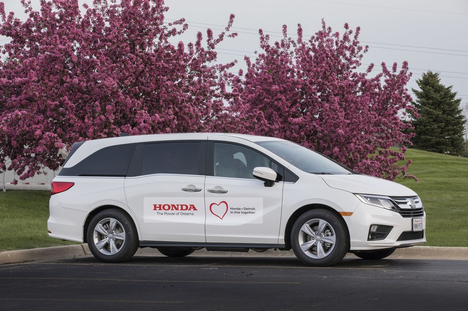Honda delivered 10 Odyssey minivans to the City of Detroit to transport local residents and healthcare workers to COVID-19 testing.