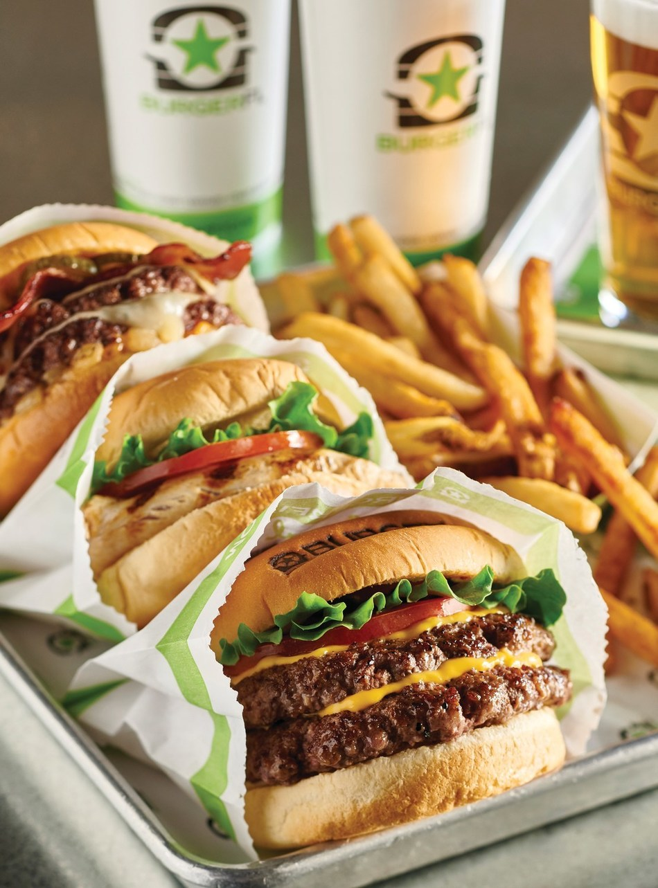 BurgerFi, famous for chef-inspired hormone and antibiotic-free beef, chicken and fresh-cut fries signs licensing agreement with VC-funded Reef Kitchens expanding it's footprint in 2020.